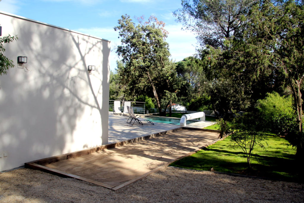 Terrain de pétanque location villa Prades le lez location villa avec piscine proche Pic St loup