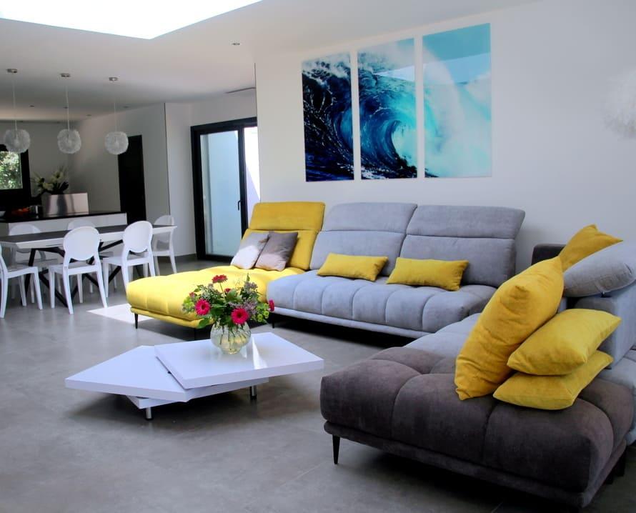 location saisonnière séjour moderne montpellier tout confort terrasse piscine sécurisée